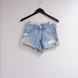 NWT! URBAN OUTFITTERS BDG CUT OFF JEAN SHORTS 💙